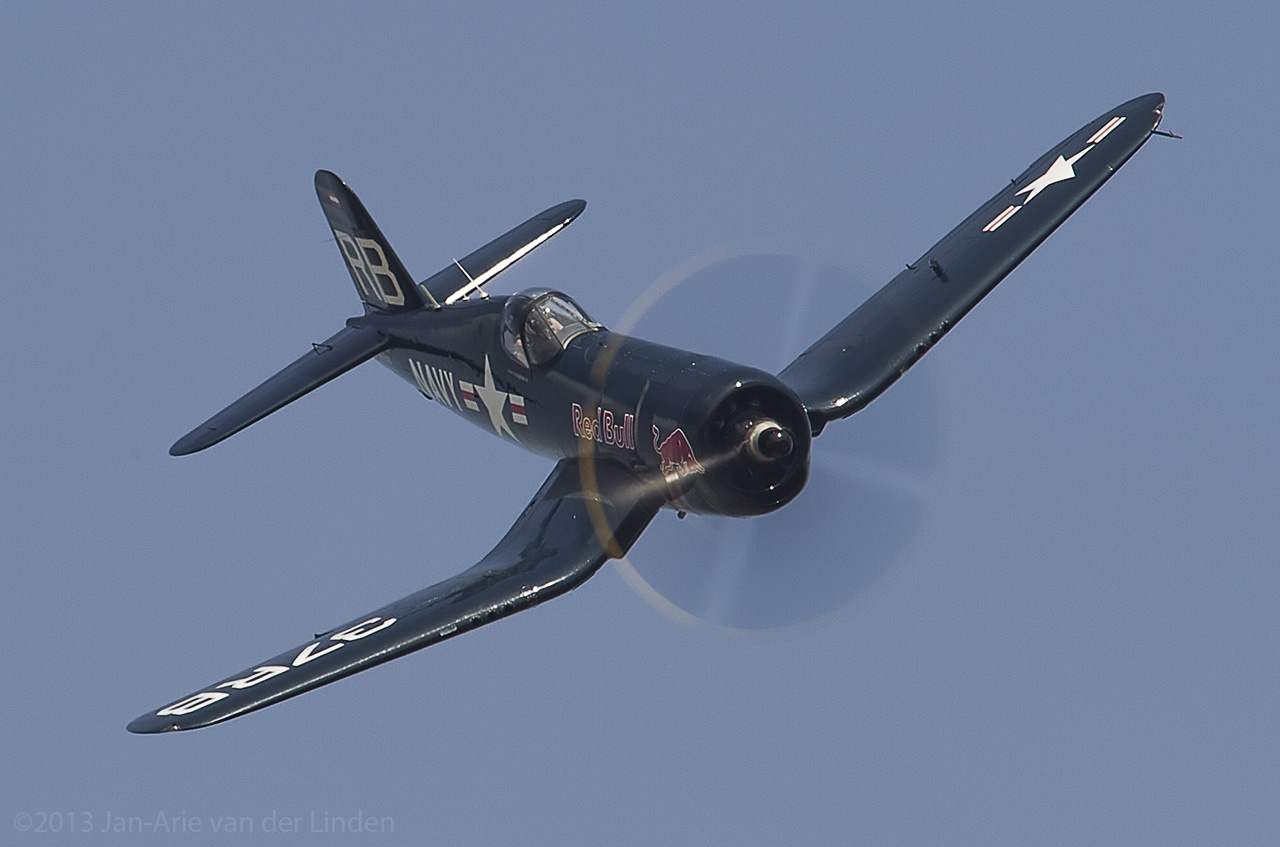 F4U Corsair  ©2013 Jan-Arie van der Linden all rights reserved.