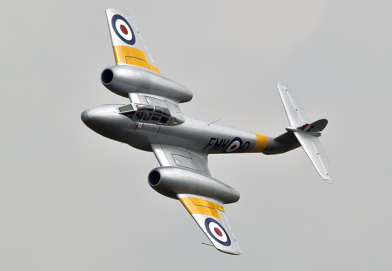 Gloster-Meteor ©2013 Jan-Arie van der Linden all rights reserved.