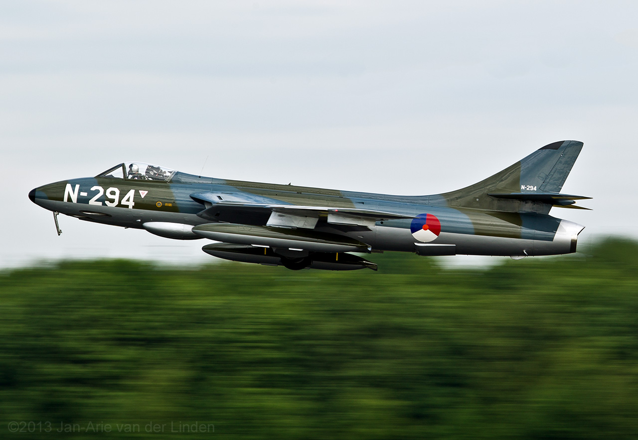 Hawker Hunter F6A DUTCH HAWKER HUNTER FOUNDATION  ©2013 Jan-Arie van der Linden all rights reserved.