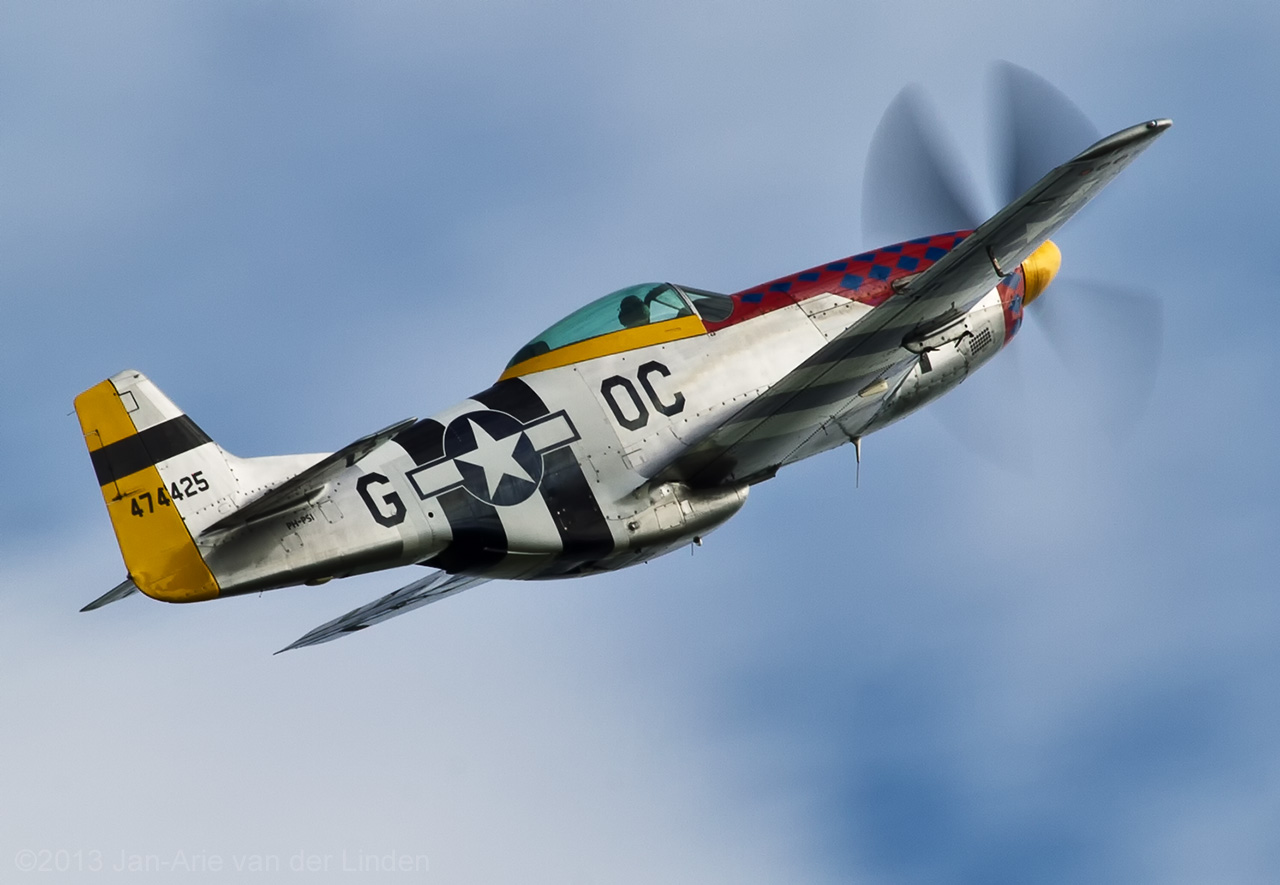 P51D Damn Yankee  ©2013 Jan-Arie van der Linden all rights reserved.