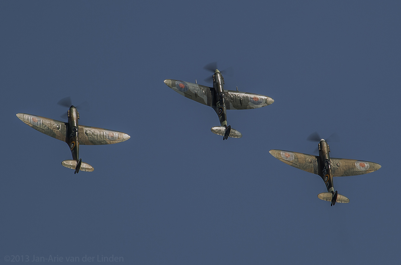 The Horseman Spitfire's Mk Vb  ©2013 Jan-Arie van der Linden all rights reserved.