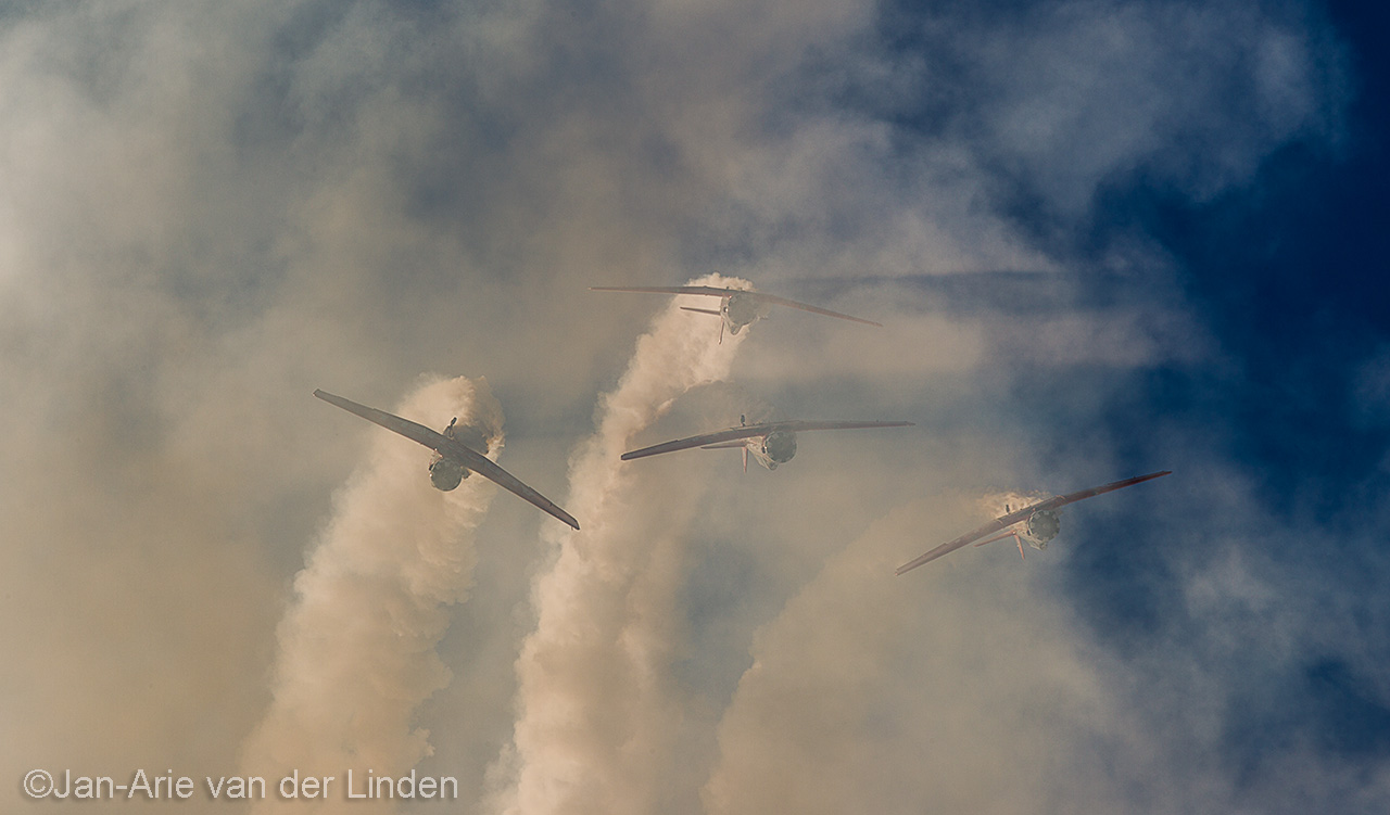 Aeroshell Team ©2014 Jan-Arie van der Linden all rights reserved.