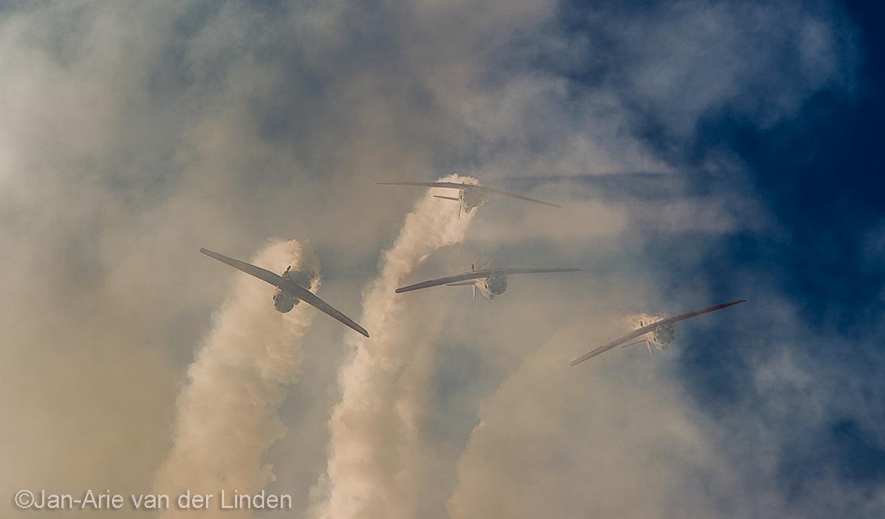 Aeroshell Team ©2014 Jan-Arie van der Linden all rights reserved.