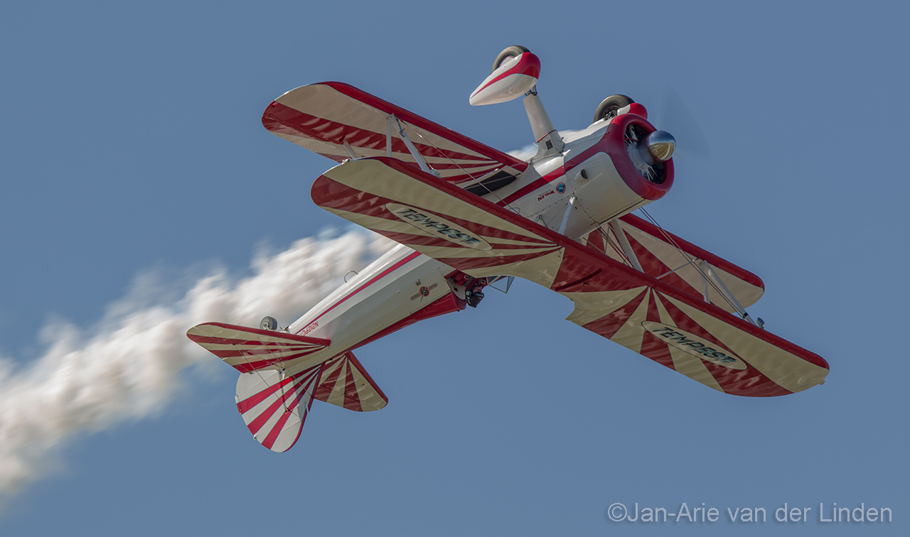 Boeing Stearman Rower air shows ©2014 Jan-Arie van der Linden all rights reserved.