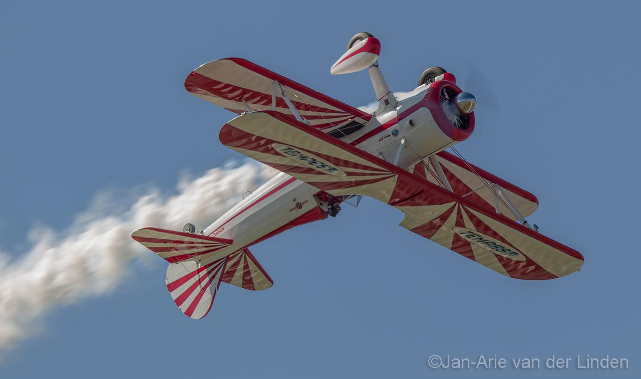 Boeing Stearman Rower air shows ©2014 Jan-Arie van der Linden all rights reserved.