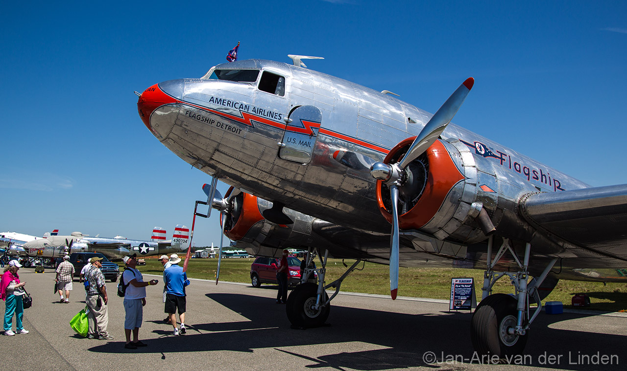 American airlines Dc3 ©2014 Jan-Arie van der Linden all rights reserved.